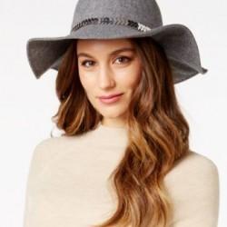 انترناشونال كونسبت كونكتد قبعة نسائي فضي